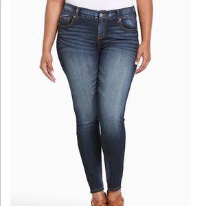 Torrid bombshell skinny hi rise jeans